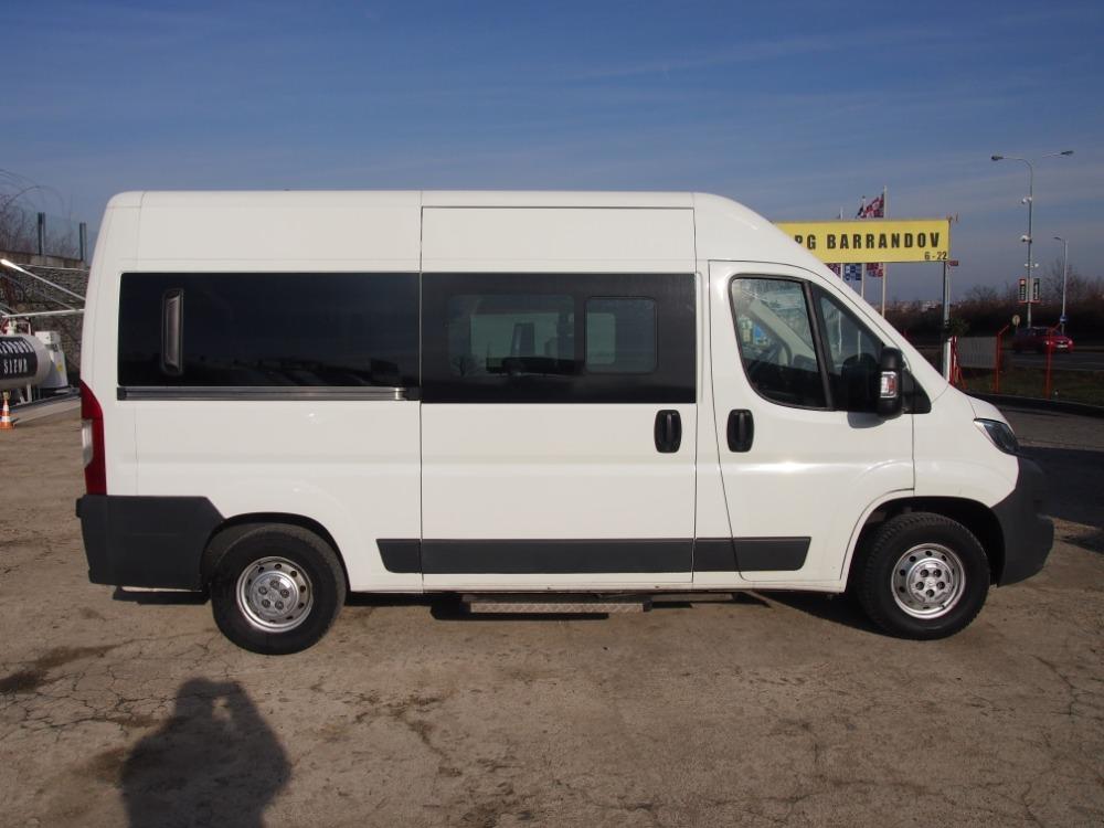 minibus-14