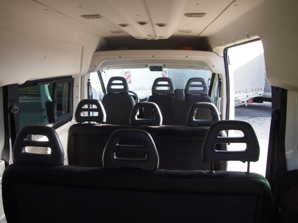 minibus-6